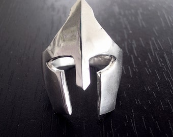 Helmet Ring |300 Spartan ring |Mens jewelry |Mens ring |Warrior ring |Ancient hemlet jewelry |Spartan helmet ring