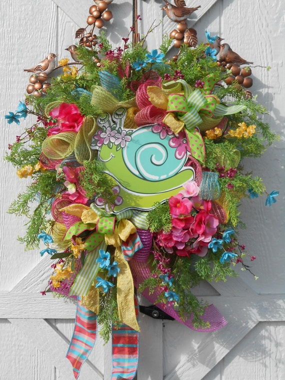 Colorful spring deco mesh snail wreath burlap wreath for Colorful summer wreaths