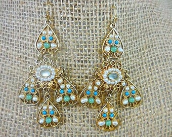 Avon Turquoise Pearl Gold Dangle Earrings