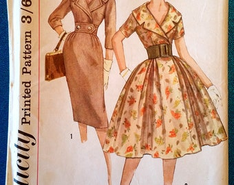 "Vintage 1950's dress with wide collar sewing pattern - Simplicity 3068 - size 12 (32"" bust, 25"" waist, 34"" hip) - 1959"