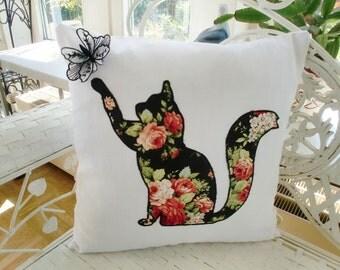 Pillowcase cat application