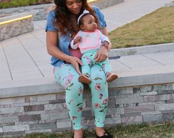 mommy and me outfits - mommy and me leggings - Mother's Day gift - matching mother daughter outfits - mommy and daughter outfits - womens