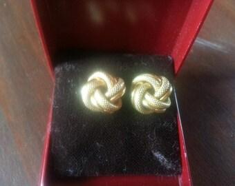 Pretty 18 carat gold woven earrings 1970