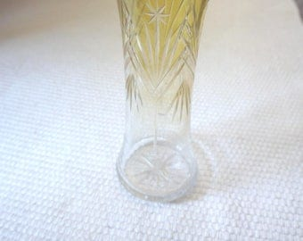 Beautiful cut glass vase with four stars circa 1930, half yellow. Atmosphere enhancing vintage object!