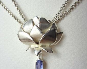 Zweireihiges Collier mit Lotus Blüte aus 925 Sterling Silber mit Tansanit