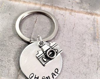 Photographer keychain, Camera Keyring, Oh SNAP keychain, hand stamped disc, photo buff, Go Pro lover, You Tuber, Blogger, videographer