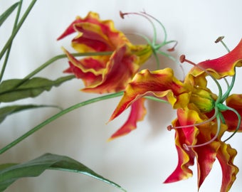 Real Touch Creeping Lily/Tiger Claw/Gloiosa Superba/Artificial Flowers/Floral Centerpiece/Home Decor