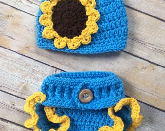 Newborn Girl Crochet hat and diaper cover set - newborn photo prop - 0 to 3 months - beanie - sunflower - ruffle diaper cover -wood button