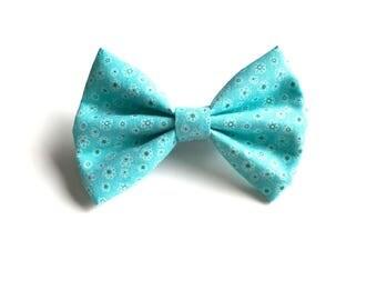 Ramora Bow - Aqua Bow ~ Fabric bow ~ Lace Head band ~ Alligator clip bow ~ Pigtail Bows ~ Baby Headband ~ Adult Headband ~ Kids Headband