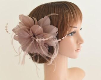 Wedding Fascinator, Bridal Hair Comb,Wedding Hair Comb,Feather Flower Comb Fascinator 30A (Taupe)