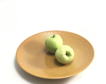 Vintage Serving Plate // Knitted Pattern Ceramics // 1980s