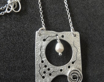 Square and Pearl Silver Pendant