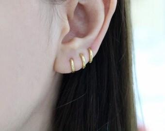 Cartilage hoop earring, cartilage hoops, small hoop, helix hoop, sterling silver cartilage hoop, huggie hoop earrings, gold hoop earring