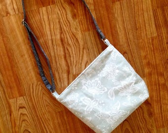 Light Green-Blue Purse / Seafoam Green Shoulder Bag / Handbag with adjustable strap / Crossbody bag / Crossbody purse / Green floral purse
