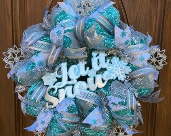 Winter Snowflake Wreath - Winter Deco Mesh Wreath - White Christmas Wreath - Front Door Christmas Wreath - Christmas Deco Mesh Wreath