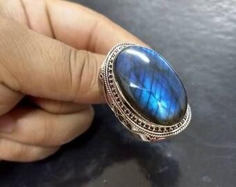 Labradorite Ring, Blue Flash Labradorite Ring, Fine Silver Ring, Cabochon Ring, Oval Ring, Boho Ring, Healing Ring, Long Labradorite Ring