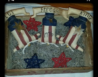 primitive patriotic Americana liberty bell bowl fillers, July 4th liberty bell tucks, Independence Day bell ornies, 1776 bells, OFG, FAAP