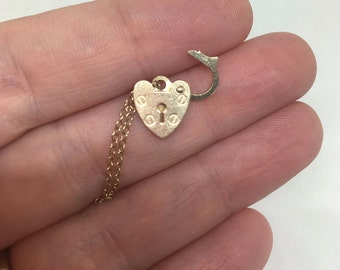 Vintage 9k Yellow Gold Heart Padlock Bracelet fastener or charm