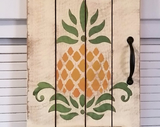 Primitive Large Pineapple Welcome Door Sign