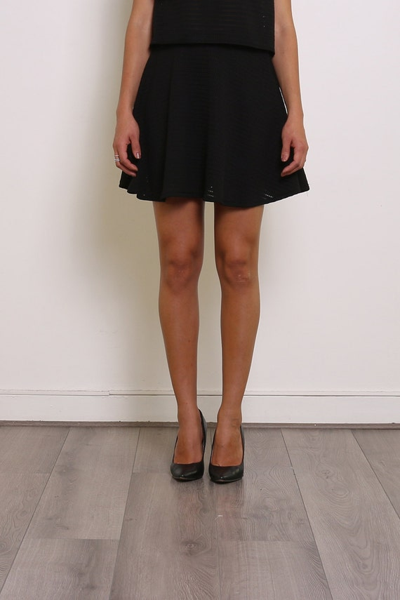 jupe noire taille lastique coupe vas e. Black Bedroom Furniture Sets. Home Design Ideas