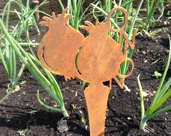 Vegetable Garden Stakes / Vegetable Patch labels / Carrot Garden Stake / Garden Row Markers / Veg markers / Gardener Gift / Garden Lover