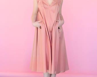 Pink V-cleavage summer dress