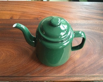 Vintage Green Enamel Teapot in Immaculate Vintage Condition