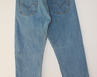 Vintage LEVI'S 501 Lightwash W30 L30 Made in Eygpt button fly dneim jeans