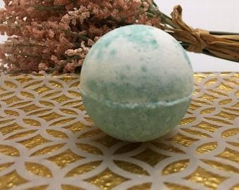 Peppermint Cream Butter Bath Bomb
