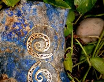 Tribal Brass Earrings. Spiral Earrings. Brass Tribal Earrings. Boho Earrings. Gypsy Hoop Earrings. Ethnic Earrings. Indian Jewelry.