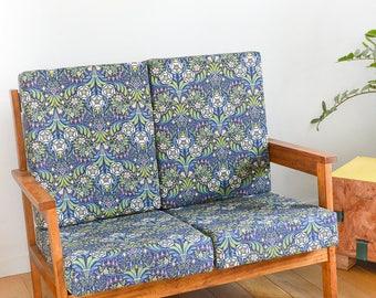 Small sofa wooden