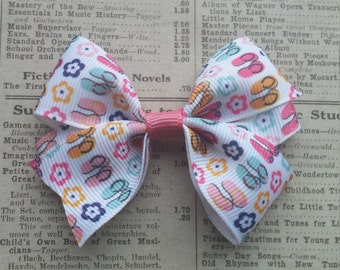 Flip Flop Hair Bow, summer hair bow, girls hair, hair accessories, party favors