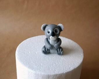 Fondant koala cake topper, fondant bear, fondant animals, custom cake decoration, handmade cake topper, kids birthday