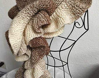 Oversized Wavy Scarf - Chocolate and Vanilla Ombre