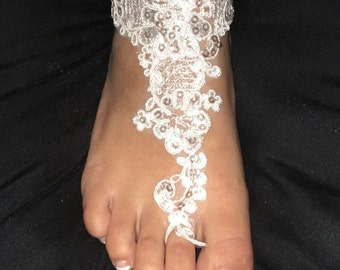 White lace foot jewelry, barefoot lace sandals, beach wedding anklets/sandals