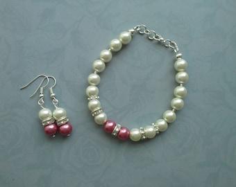 Beaded Ivory pearl bracelet & earring set, Pink bracelet, Pink earrings, Wedding bracelet, Bridesmaid gift, Pink jewellery, Pearl jewellery