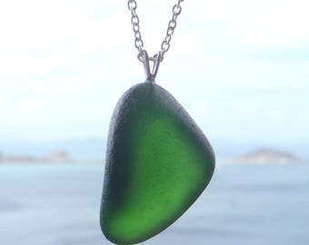 Sea glass necklace. Genuine sea glass pendant necklace. Beach glass pendant. Sea Glass Jewelry. Emerald green necklace. Gift for her.