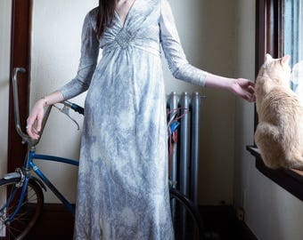 1970s Cloud Gown/Silver Evening Dress, Retro Gala Dress, Romantic Evening Wear
