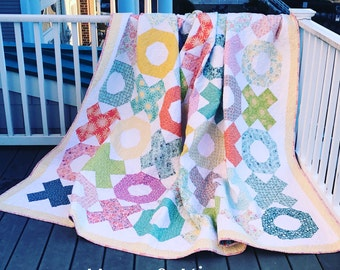 Hugs & Kisses Quilt PDF Pattern by Quilts by Laurel