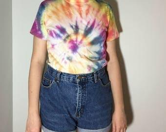 Small Tie Dye T-Shirt - Vintage clothing