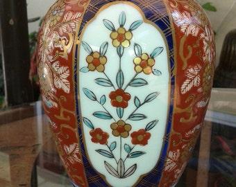 Japanese Gold Imari vase