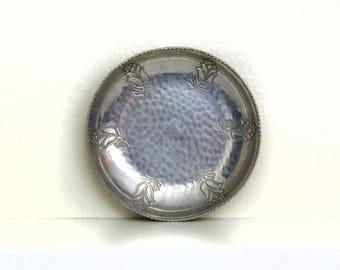 Vintage B.W. Buenilum Aluminum Dish, Hammered Aluminum Dish