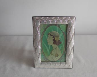 An image of an Art Deco Lady.