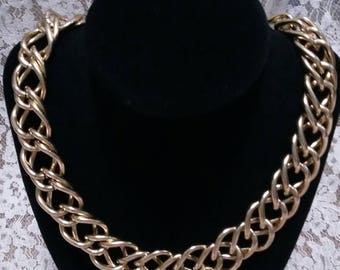 Large link vintage Gold tone chain collar necklace