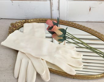 Mid Length 1950s Wedding Gloves Mid Century Cream Color Stretch