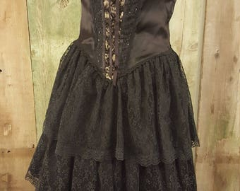 Sassy Gunne Sax by Jessica McClintock black sleeveless satin and lace prom dress