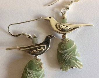 Silver and hand carved chalcedonay earrings