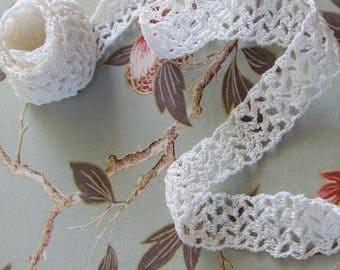 Handmade crochet lace trim 20mm/2m50