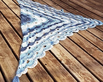 Gradient blue shawl