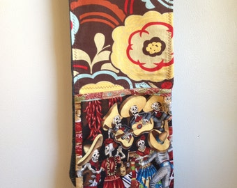 Dual Oven Mitt: Day of the Dead and Florals